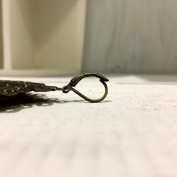 détail crochet boucle d'oreille merveille montpellier