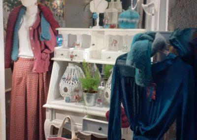 vitrine-boutique merveilles bijoux accessoires de mode et pret a porter-montpellier